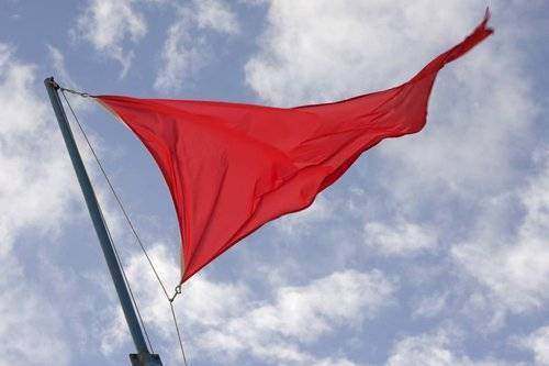 red-flag-warning-when-evaluating-a-builder